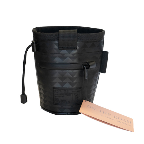 So iLL On the Roam Chalk bag - Black Wolf